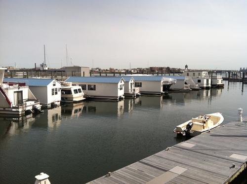 Houseboats2500